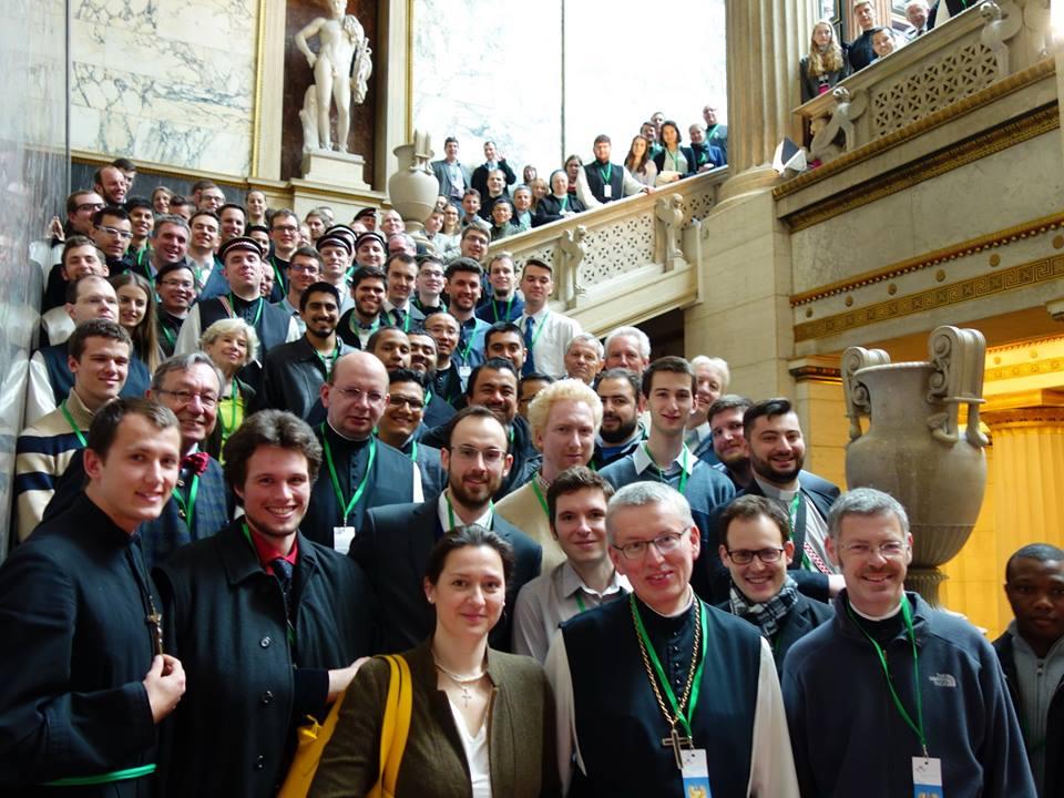 Heiligenkreuzer im Parlament 21.4. 2016