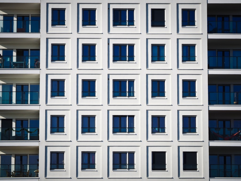 architecture-1210662_1920