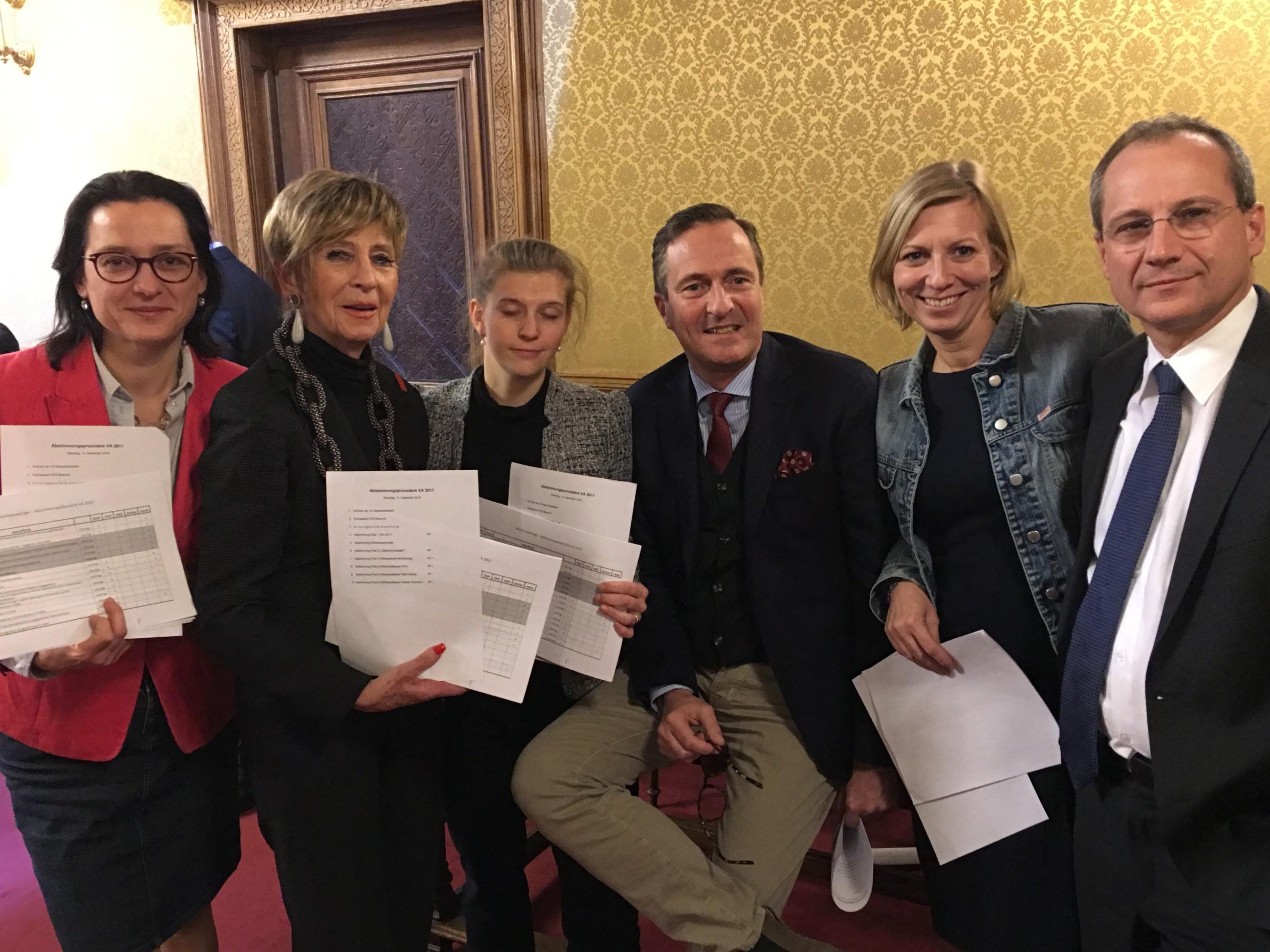 budgetdebatte-dez-2016-gruppenfoto