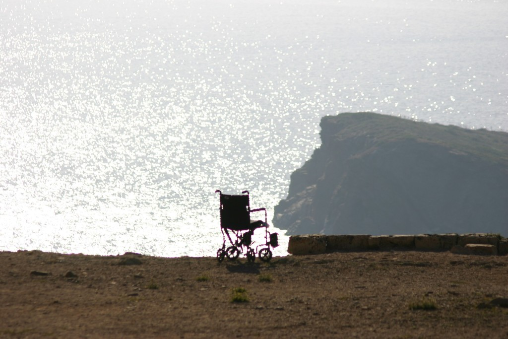 wheelchair-1581642_1920